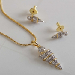 Arrow Shape CZ Pendant Set