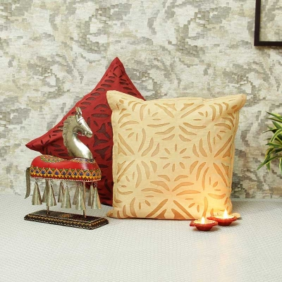 Cotton Cushion Covers Set with Diyas and Horse Showpiece