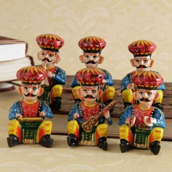 Wooden Musician Set of 6 (4 inches each)