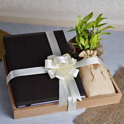 Wooden Tray Hamper with Diary