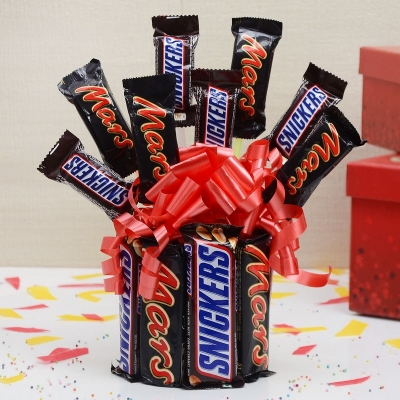 Enticing Mars and Snickers Hamper