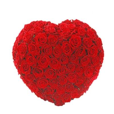 50 roses in a Heart with Love