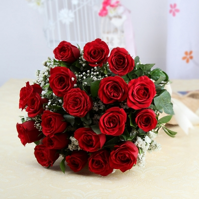 20 Red Roses in a Bunch