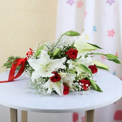 White Lilies with Red Roses Bunch