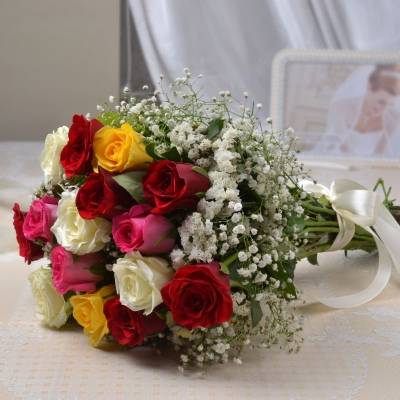 Bunch of 15 Mix Roses
