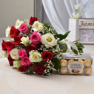 Ferrero Rocher with Bunch of 25 Mix Roses