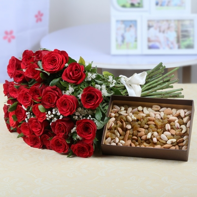 Thirty Red Roses Bunch with Assorted Dryfruits Box