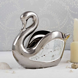 Shimmery Swan : Porcelain Gifts