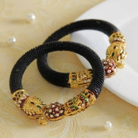 Meena Kundan Work on Black Pearl Bangle