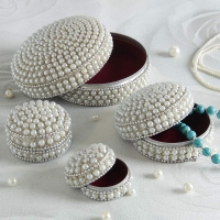 Pearls Studded Jewelry Box Set