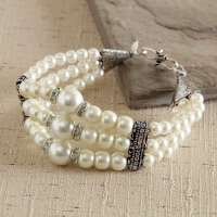White Pearl Bracelet Oxidized with CZ Stone