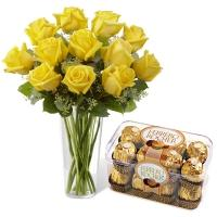 Yellow Roses Vase with Fererro Rocher Chocolates