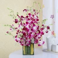 Graceful Purple Orchid Bouquet in Glass Vase