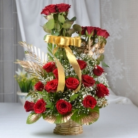 25 Red Roses Bouquet with Golden Decor
