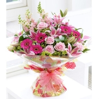 Pink Summer Hand-tied for UAE